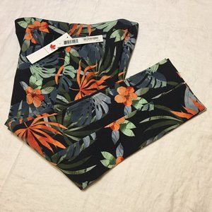NWT Pull on Capris Tropical Tribal Jeans (2204)…